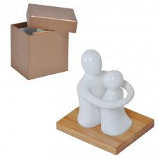 """Набор """"Объятия"""": солонка и перечница в подарочной упаковке, 9х8х9,5см, фарфор, бамбук"""