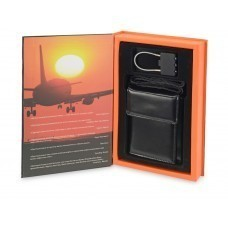 Набор «Книга Путешественника» с афоризмами известных людей о путешествиях: кодовый замок для багажа, портмоне дорожное с ремешком для ношения на шее