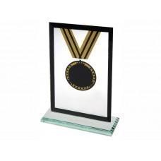 Награда «Медаль» на постаменте